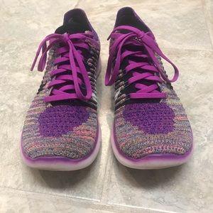 Nike Free Flyknit Women's Size 9